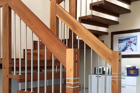 leistungen tischlerei heinrichs ihr spezialist f r treppen t ren fenster und. Black Bedroom Furniture Sets. Home Design Ideas